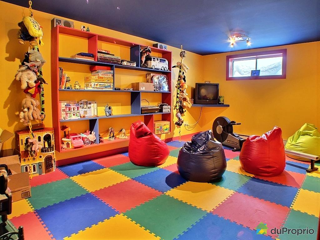 cr er une salle de jeux pour enfants le blog de l 39 habitat et de la d coration. Black Bedroom Furniture Sets. Home Design Ideas